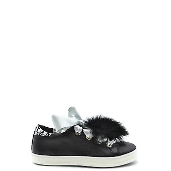 P448 Ezbc283001 Women's Black Leather Sneakers