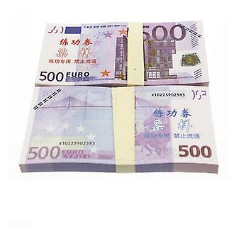 Play money-500 euros (100 banknotes)