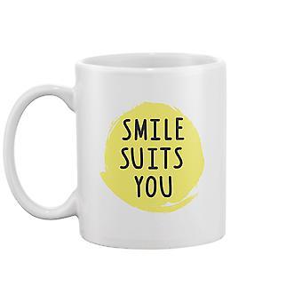 Smile Passer Deg Krus -Bilde av Shutterstock