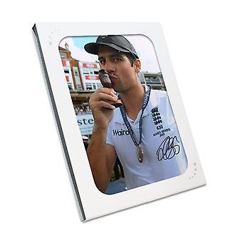Sir Alastair Cook signert cricket Foto: Ashes vinner. I gaveeske