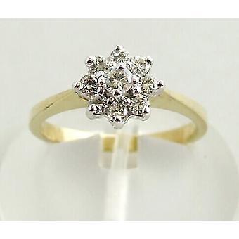 Yellow gold star-shaped diamond ring
