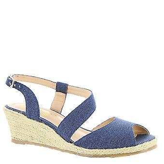 Beacon Womens Bonita Closed Toe Casual Platform Sandals