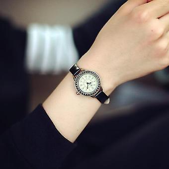 レディースデザイナー ヴィンテージ レザー ブレスレット ブラウン レトロ ローマ クォーツ 腕時計