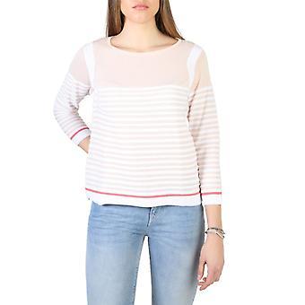 Woman 3/4 boat neckline sweater aj90775