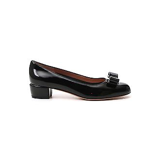 Salvatore Ferragamo 01b221591963 Women's Black Patent Leather Pumps