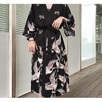 Japanilainen kimono perinteinen nainen