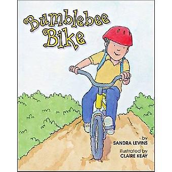 サンドラ Levins - クレア ケイ - でバンブルビー自転車 9781433816451 本
