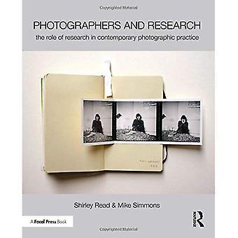 Photographes et la recherche: le rôle de la recherche dans la pratique photographique contemporaine