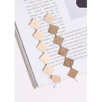Teksturowane kwadratowe kolczyki drop złoto