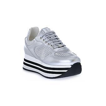 Frau laminated sports silver shoes