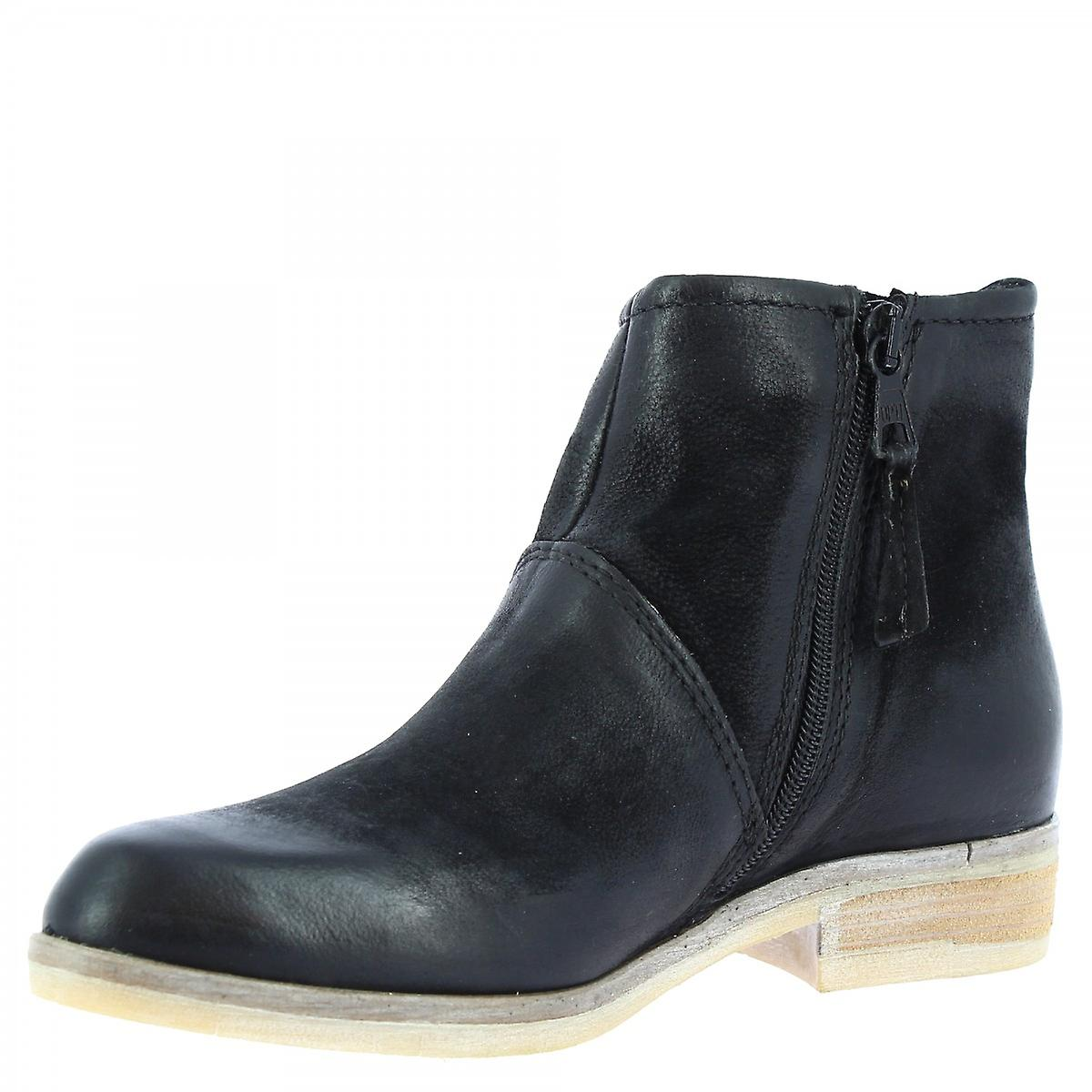 Leonardo Shoes Women's handmade ankle boots black calf leather zip closure