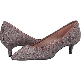 Taryn Rose Women's Nicki Pump