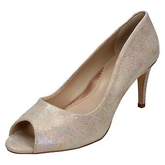 Ladies Van Dal Heeled Court Shoe Isla