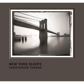 New York sover av Christopher Thomas - 9783791382272 bok