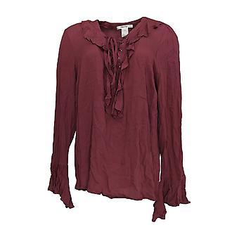 Masseys Women's Top Blouse Style w/ Ruffle Detail Light Purple