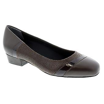 Ros Hommerson Tango 74033 Woman's Dress Shoe Leather Slip-on