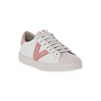 Victoria nue sneakers mode