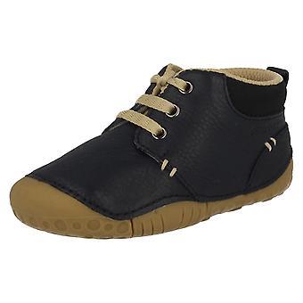 Pojkar Startrite före vandrare skor tillverkade