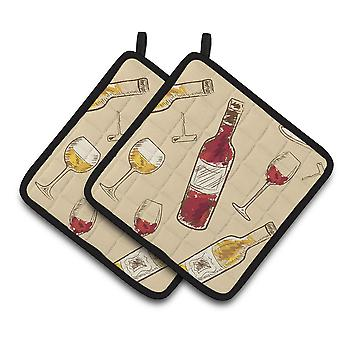 Carolines Treasures  BB5196PTHD Red and White Wine Pair of Pot Holders