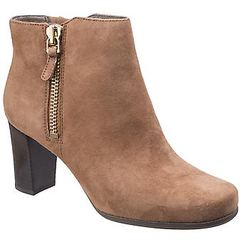 Rockport Womens Total Motion Trixie Bootie 2 Coconut Suede