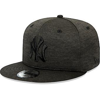 New Era 9Fifty Snapback Cap - SHADOW TECH NY Yankees black