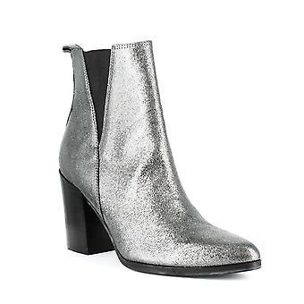 Ivanka Trump | Adela Boots