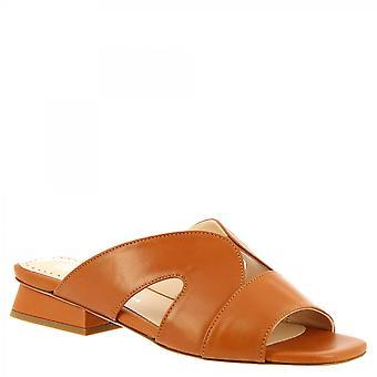 Leonardo Shoes Women's handmade low slides sandálias em couro de bezerro bronzeado