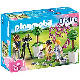 Playmobil 9230 City Life Flower Children and Photographer