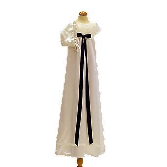 Dopklänning Och Dophätta I Off White, Marin Blå Rosett. Grace Of Sweden