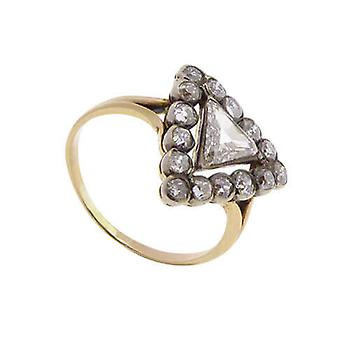 Gold ring with Triangle diamond