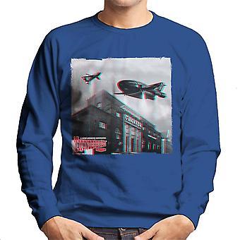 Thunderbirds 2 ja 3 lentävät yli Granada Studios miesten ' s College pusero