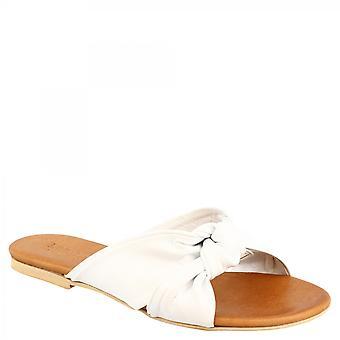 ليوناردو أحذية المرأة & apos الصنادل النعال اليدوية في الماعز الأبيض وجل الجلد العجل