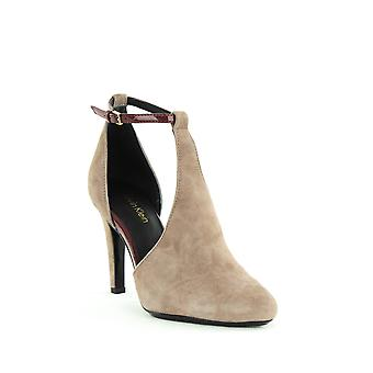 Calvin Klein | Cherilyn Ankle Strap Pumps
