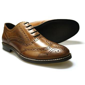 Byrokratiaa Bradshaw miesten ruskea nahka reikäkoristeinen kävelykenkä kengät