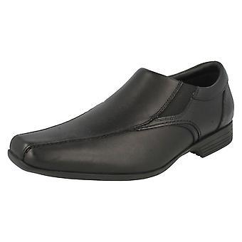 Herren Clarks formelle Slip On Schuhe Forbes Schritt