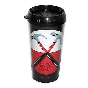 Pink Floyd Travel Mug The Wall Hammers Logo schwarz, bedruckt, aus Kunststoff.