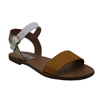 Steve Madden Womens Donddi Flat Sandals