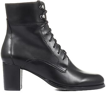 Regarde Le Ciel Womens Darcy Leather Lace Up Ankle Boots