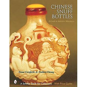 Chinese Snuff Bottles - Una guida alle miniature coinvolgenti di Trevor Corn