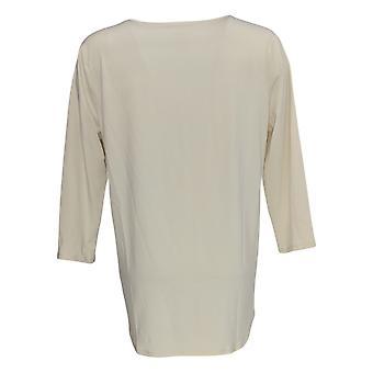 WynneLayers  Women's Top Twist Front Surplice Knit Tee White 694-574