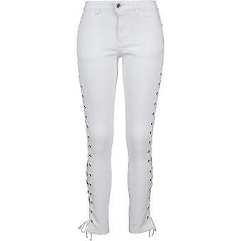 מכנסי ג'ינס של נשים קלאסיות בתחרה רזה
