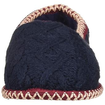 Dearfoams Women's Quilted Cable Knit Closed Back Slipper