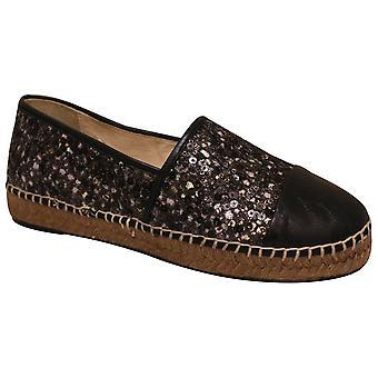 Toni Pons Low Wedge Full Shoe