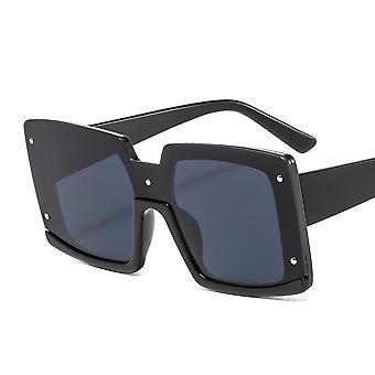 Grote vierkante zonnebril met brede shell zwart bruin