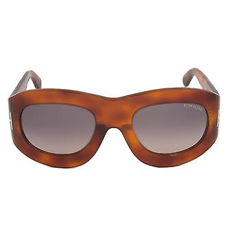 Tom Ford FT0403 52B Mila Square solglasögon   Havanna ram   Grå Gradient Lens