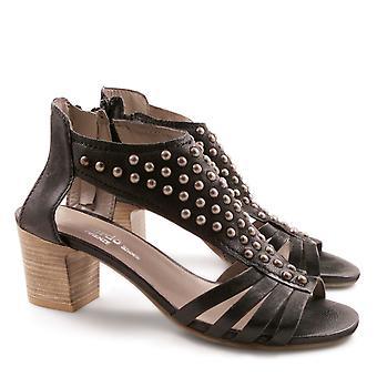 Handmade heeled sandals in genuine leather