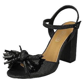 Ladies Spot On Chunky Heel Fringe Bow Vamp Sandals F10842
