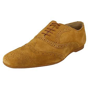 Miesten Base Lontoo nauhakiinnitys kengät epäilty