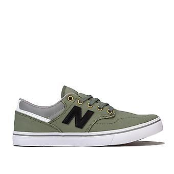 Mens Am331 Skate Trainers In Green- Court And Skateboarding Inspired Styling