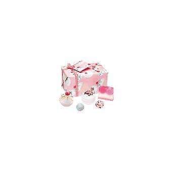 Bomb Cosmetics Gift Pack - Cherry Bathe-well